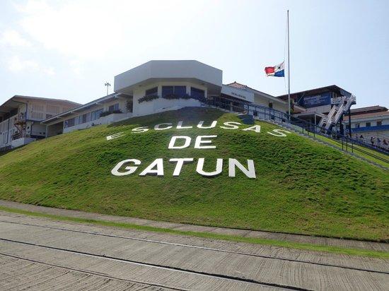 Esclusas del Canal de Panamá: Gatun Locks Entrance Panamá Canal