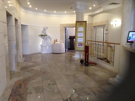 Hotel Lord : Reception area