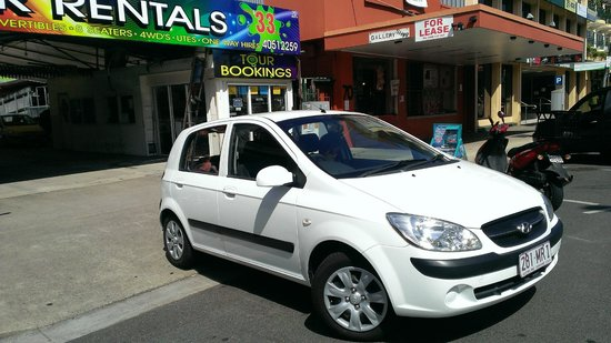 Port Douglas Boat Hire: Tiny 4 Seater Rental Car