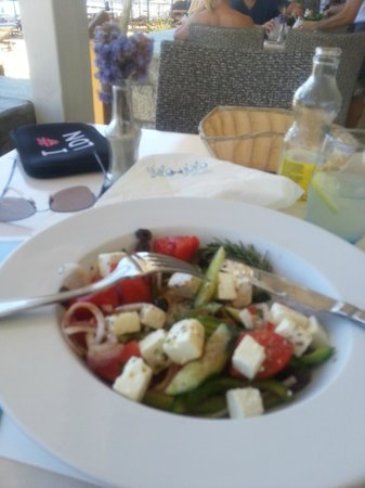 Yialo-Yialo : 1st visit, Greek salad