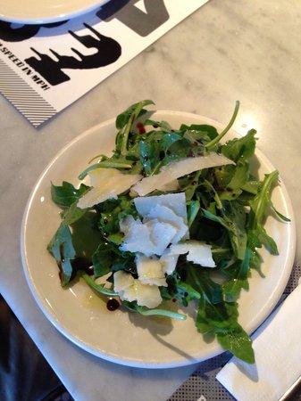 Pizzeria Locale: Salad
