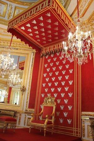 Royal Castle : Тронный зал