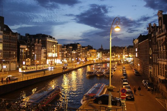 De L'Europe Amsterdam: We fell in love with this romantic view