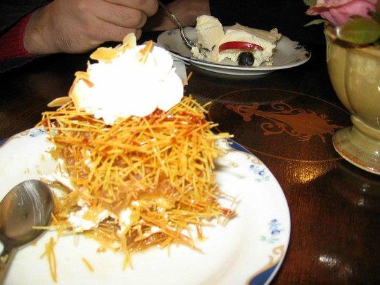 Cofetarie La Vatra Ardealului : kataif