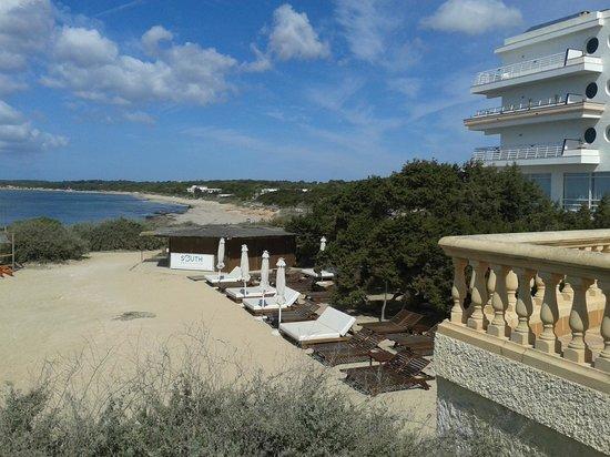 Insotel Hotel Formentera Playa: Al lado de la playa