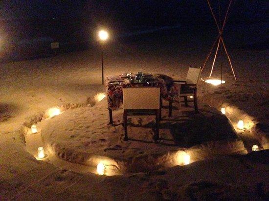 Viceroy Riviera Maya: Romantic dinner on the beach