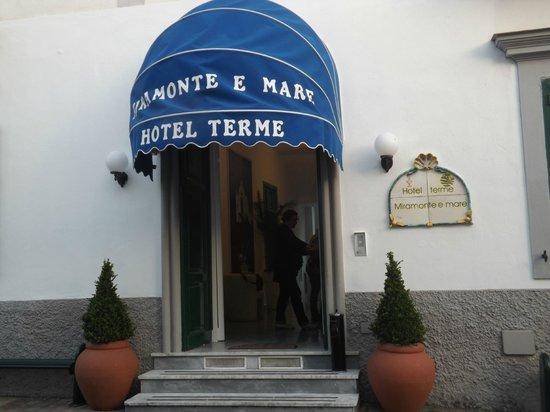 Hotel Terme Miramonte e Mare: INGRESSO HOTEL