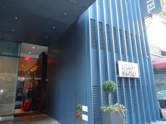 Carvi Hotel New York : Excelente localização