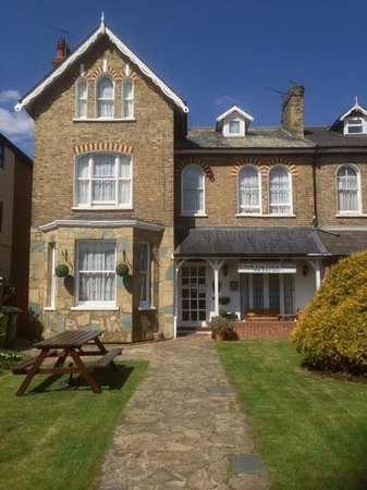 Bexleyheath, UK: crook log guest house