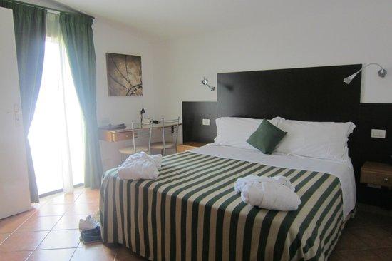 Hotel La Pensione Svizzera: Bedroom