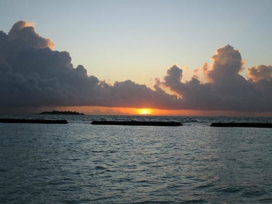 Kurumba Maldives: Sunset
