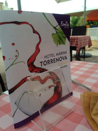 Hotel Marina Torrenova: On-site a la carte restaurant - make sure you book your one night early in your stay as it's ver
