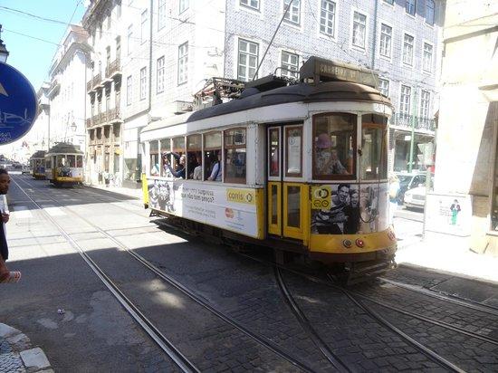 Tram 28 : tramway 28