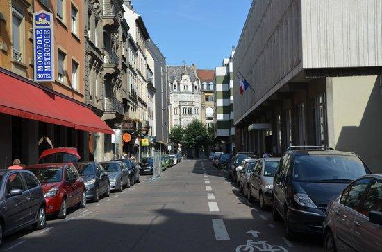 Best Western Plus Monopole Métropole : Вид на улицу у отеля
