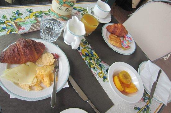 Hotel La Pensione Svizzera: breakfast