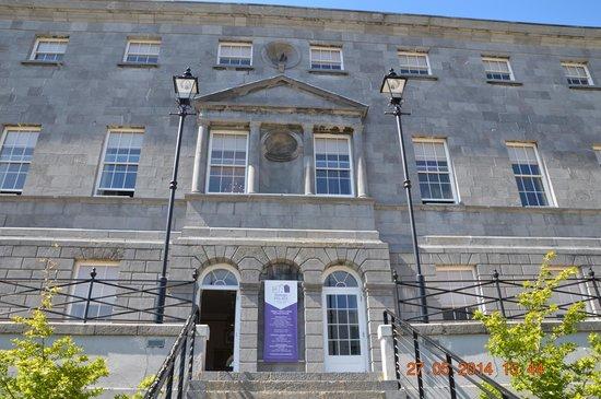 Bishop's Palace: outside