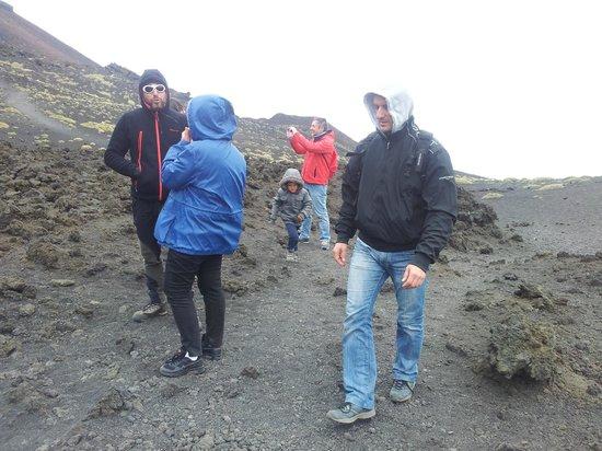 Etna Moving - Excursions & Trekking: a 2000 mt sui crateri silvestri