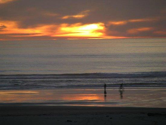 Little Creek Cove : More sunset.