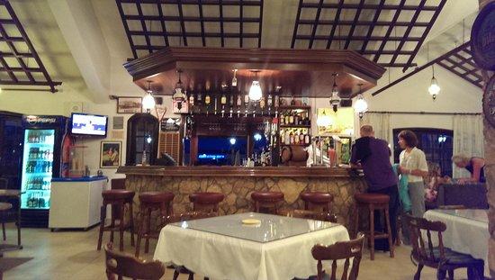 Anais Bay Hotel: Baren