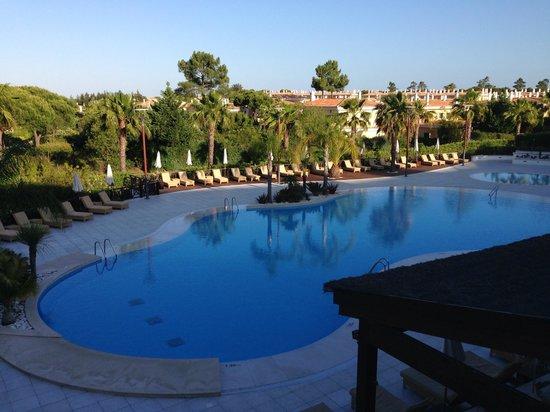 Monte da Quinta Resort : Pool area, perfect
