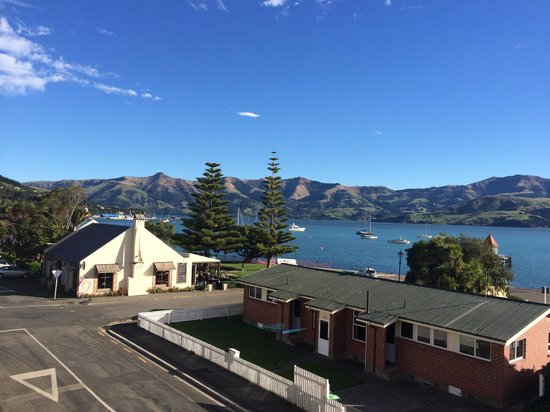 Akaroa Criterion Motel: View from Apartment 9 across the harbour