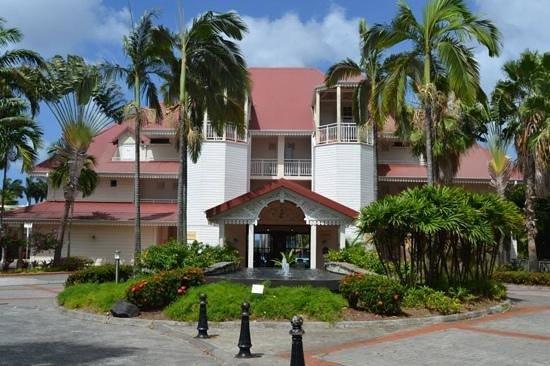 Pierre & Vacances Village Club Sainte Luce : vue de l'entrée