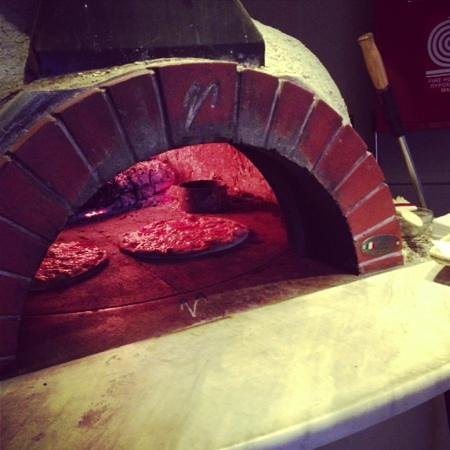 Ciao Cafe Bistro: Pizza Wooden Oven