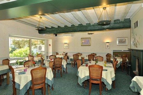 Les Tilleuls : Restaurant