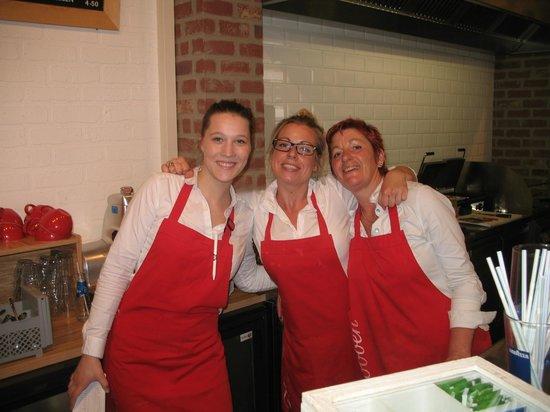 Cafe de Pijp: best crew at Van Dobbens by Cuyp Market