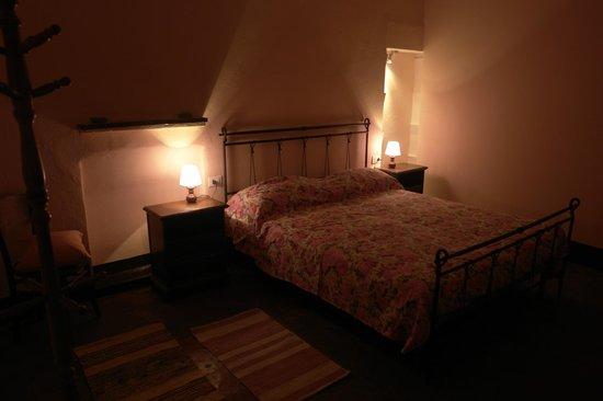 Camera Letto Rosa : Camera letto rosa foto di b b cascina pozzo forte borgomasino