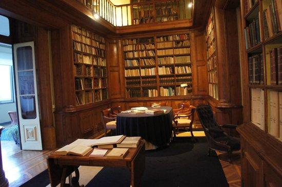 Hotel Quinta das Lagrimas: Biblioteca
