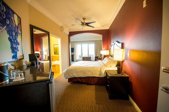 South Coast Winery Resort & Spa: Hotel Suite in Hotel Tower