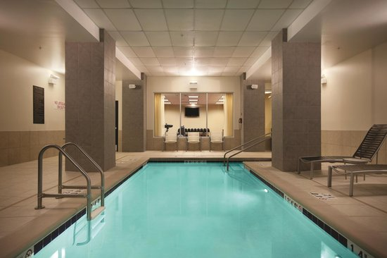 Hyatt Place Des Moines Downtown : Indoor Heated Pool