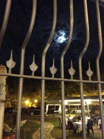 Museu dels Angels: Hotel y Restaurante en Alella