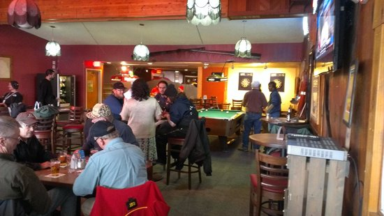 The Breeze Inn: Grand opening of the New Lounge