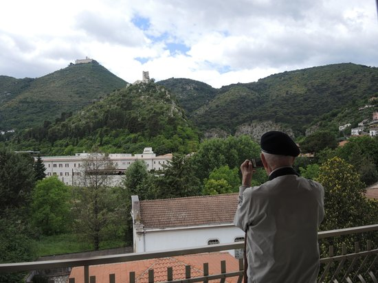 Hotel La Pace: View of Monte Cassino from hotel room