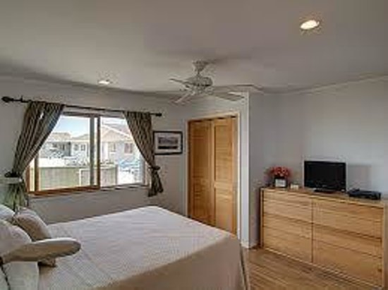 White Sands Resort: One bedroom suite (bedroom)