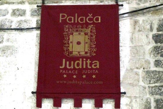 Palace Judita Heritage Hotel: hotel sign