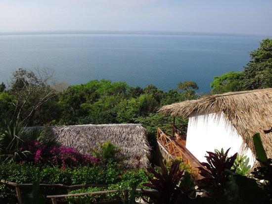 La Lancha Lodge: la vue sur le lac au-dessus des chambres