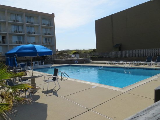 Comfort Inn On The Ocean : der Pool