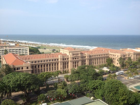Hilton Colombo: Great views form the upper levels