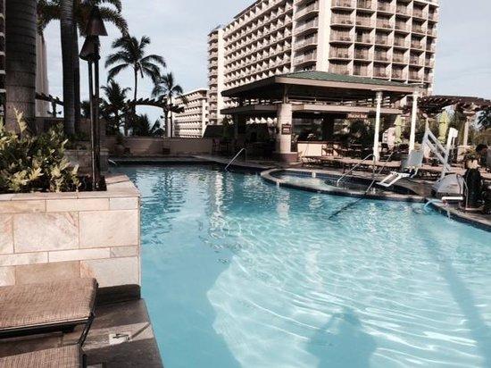 Embassy Suites by Hilton Waikiki Beach Walk: Embassy Suites Beachwalk Pool