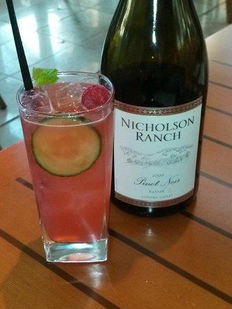 Quattro Restaurant and Bar - Four Seasons Hotel: Beautiful Drinks