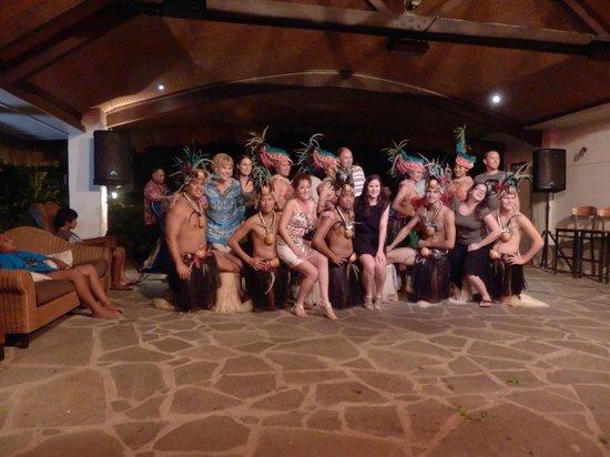 Oceans Restaurant & Bar: Island night was fantastic
