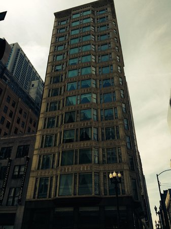 The Alise Chicago - A Staypineapple Hotel: The Burnham at The Reliance Building