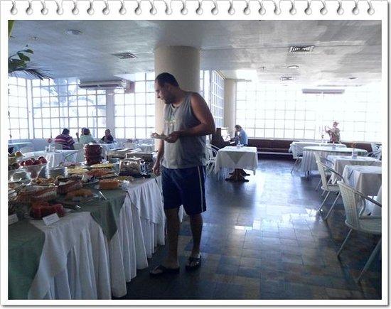 Rio Poty Hotel Sao Luis: Café da manhã ao som de piano