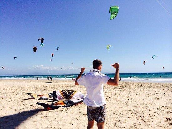 Tantrum Kitesurf: En la playa
