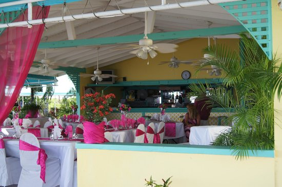 Timothy Beach Resort: sunset cafe turned into reception area