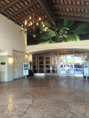 Fairmont Scottsdale Princess : Entrance doors to lobby.