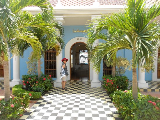 Casa Bustamante Hotel Boutique: The front of the house